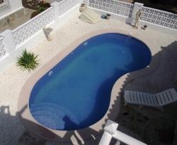 Immobilienmakler Costa Blanca Poolbeispiel 1