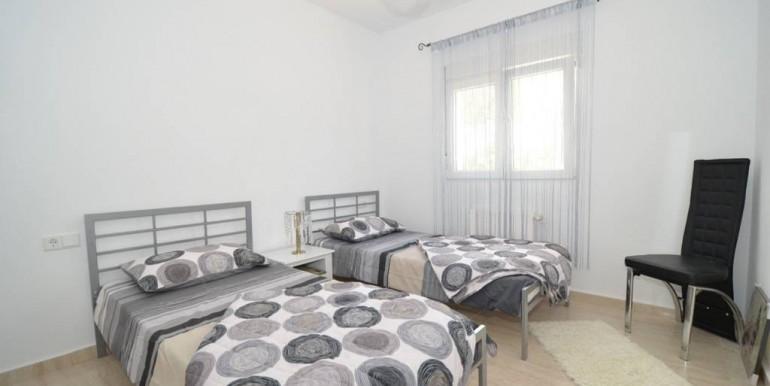 Schlafzimmer2 EG